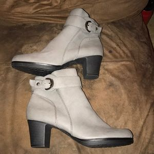 Lifestride QVC Gray Ankle Boots Booties NEW 10